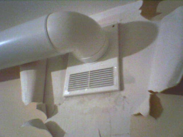 Дымоход для газового котла и вытяжная труба в частном доме 3