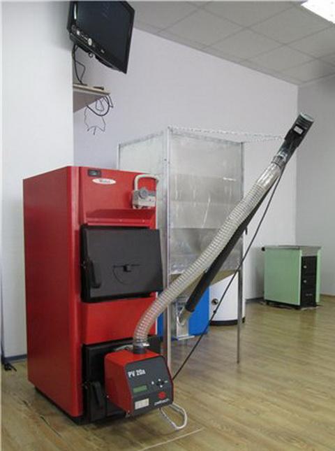 Пеллетная горелка Pelltech с котлом фото