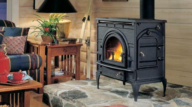Виды дровяных печей длительного горения для отопления дома 3