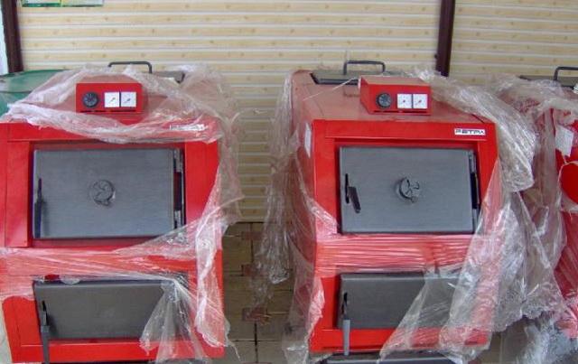 Отопительные котлы длительного горения с водяным контуром для дома 1