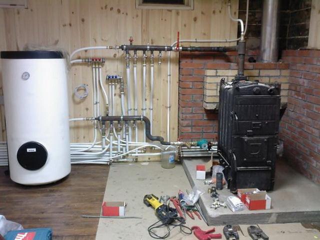 Система отопления в частном доме – простая схема от твердотопливного котла 1